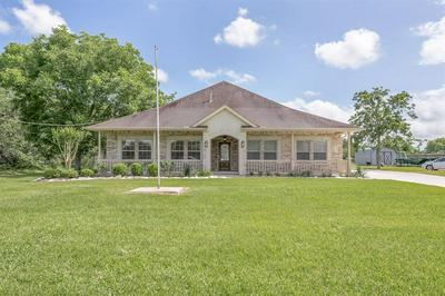 9105 DELESANDRI DR, Hitchcock, TX 77563 - Photo 1