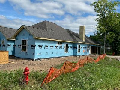9135 ANNA ST, Needville, TX 77461 - Photo 2