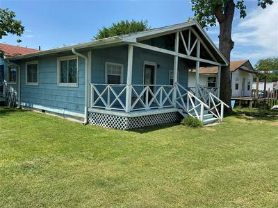 4515 7TH ST, Bacliff, TX 77518 - Photo 2
