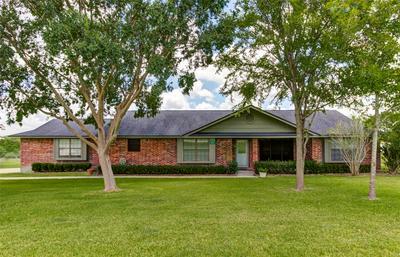 3207 JASMINE ST, Brenham, TX 77833 - Photo 2