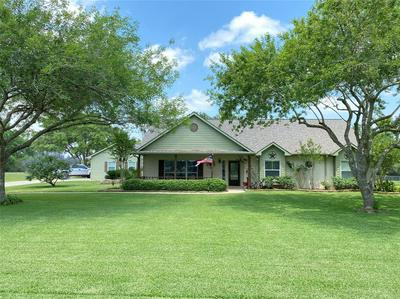 1520 LAKEFIELD DR, Sealy, TX 77474 - Photo 1
