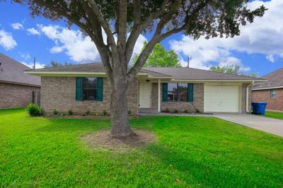 3623 BEASLEY AVE, Needville, TX 77461 - Photo 2