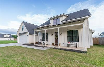 223 MCCORMICK ST, Columbus, TX 78934 - Photo 2