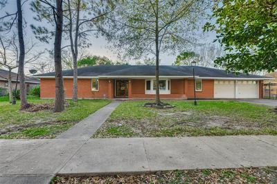 706 ATWELL ST, Bellaire, TX 77401 - Photo 1