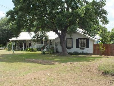 767 CROCKETT ST, Rusk, TX 75785 - Photo 1