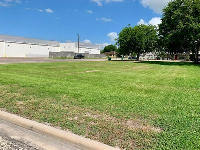 0 E E HILLJE, El Campo, TX 77437 - Photo 1