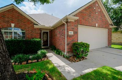 18818 SUMMER ANNE DR, Humble, TX 77346 - Photo 2