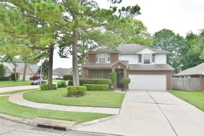 18607 SINGING WOODS DR, Humble, TX 77346 - Photo 2