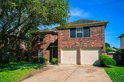 2103 RUFFIAN LN, Stafford, TX 77477 - Photo 2