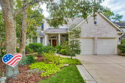 91 E WHISTLERS BEND CIR, The Woodlands, TX 77384 - Photo 1