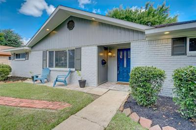 4830 SPELLMAN RD, Houston, TX 77035 - Photo 2