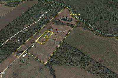 896 SPARKS LN, Boling, TX 77420 - Photo 2