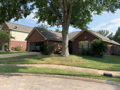 3619 STRATFORD ARMS LN, Sugar Land, TX 77498 - Photo 1