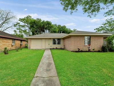 1106 MAIN ST, LA MARQUE, TX 77568 - Photo 2