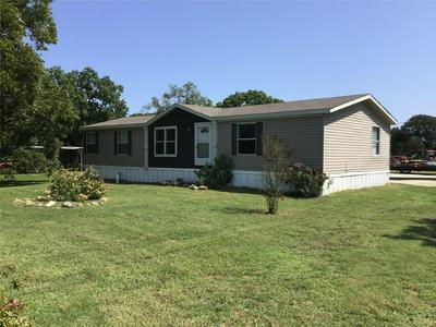 303 N MARKET ST, Bremond, TX 76629 - Photo 1