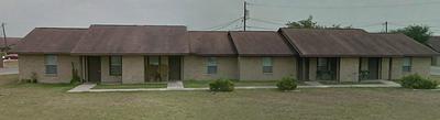 500 FREEMAN ST, MATHIS, TX 78368 - Photo 1