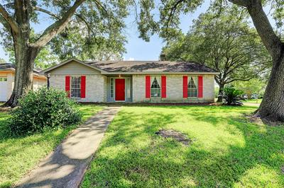 16302 FOREST BEND AVE, Friendswood, TX 77546 - Photo 1