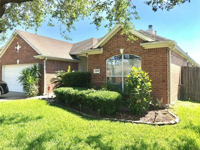 2205 CRYSTAL REEF LN, Pearland, TX 77584 - Photo 1
