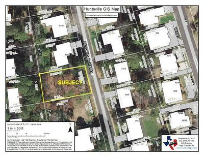 1112 HOLLY SPRINGS DR, HUNTSVILLE, TX 77320 - Photo 1