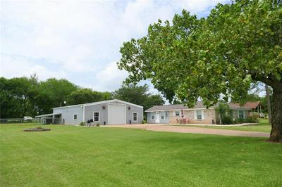 215 LITTLE DOGIE RD, Simonton, TX 77485 - Photo 2