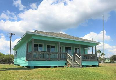1 MARSHALL JOHNSON AVE S, Port Lavaca, TX 77979 - Photo 2