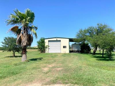 30 EEL CT, Palacios, TX 77465 - Photo 1