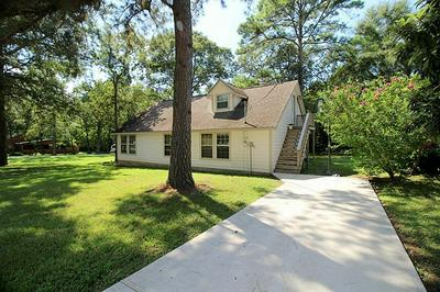 11944 LAKEVIEW MANOR DR, Willis, TX 77318 - Photo 2