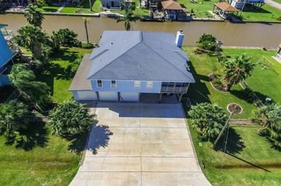 114 SAND SHOALS RD, Freeport, TX 77541 - Photo 2