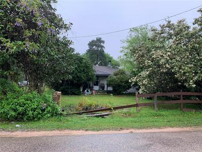 314 LONGSTREET RD, Willis, TX 77378 - Photo 2