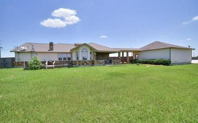 1963 SETTLERS COURT DR, Sealy, TX 77474 - Photo 2
