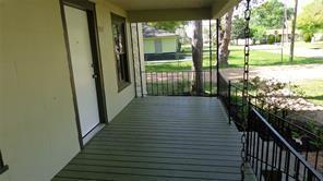 1415 TAUBER LN, Sealy, TX 77474 - Photo 2