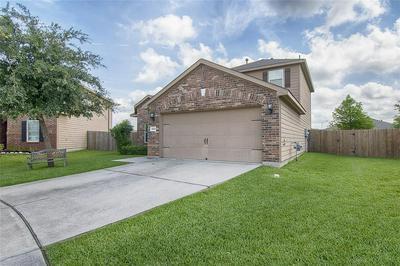6906 SCARLET CIR, Baytown, TX 77521 - Photo 2