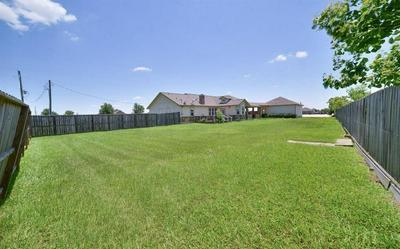 1963 SETTLERS COURT DR, Sealy, TX 77474 - Photo 1