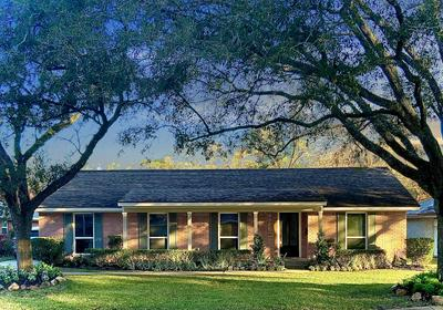 4510 WILLOWBEND BLVD, Houston, TX 77035 - Photo 1
