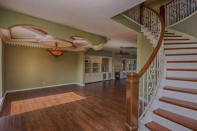 705 BAY AVE, KEMAH, TX 77565 - Photo 2