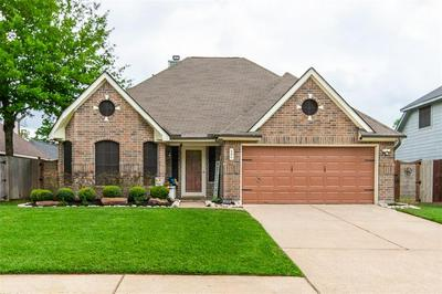 306 S HAMPTON CT, Highlands, TX 77562 - Photo 2