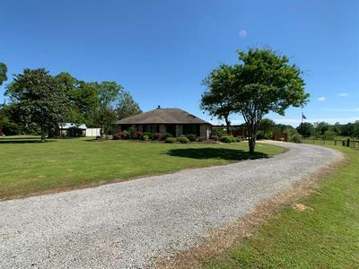1407 N COMMERCE ST, Centerville, TX 75833 - Photo 1