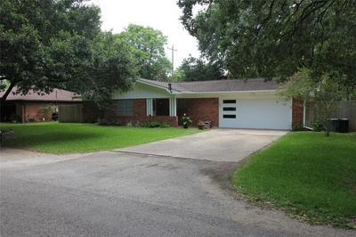 616 FRANKIE ST, Wharton, TX 77488 - Photo 2