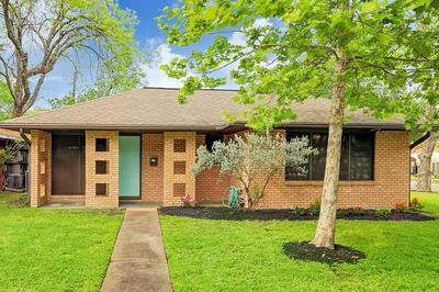 4502 NINA LEE LN, Houston, TX 77092 - Photo 1