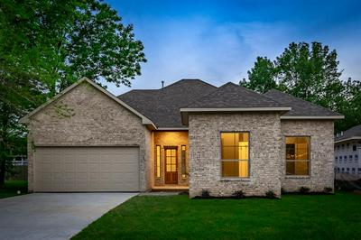 138 MONTERREY RD, Montgomery, TX 77356 - Photo 2