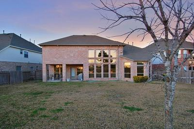 13210 LAGUNA SHORES DR, Pearland, TX 77584 - Photo 2
