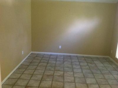 4415 W THUNDERWOOD CIR, Fresno, TX 77545 - Photo 2