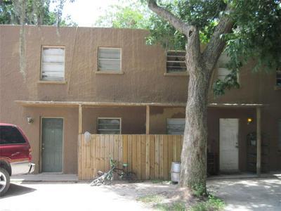 521 E JACKSON ST, West Columbia, TX 77486 - Photo 1