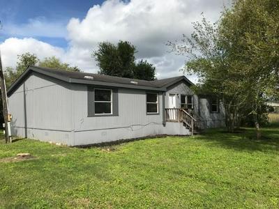 3452 COLEY LN, Beeville, TX 78102 - Photo 2