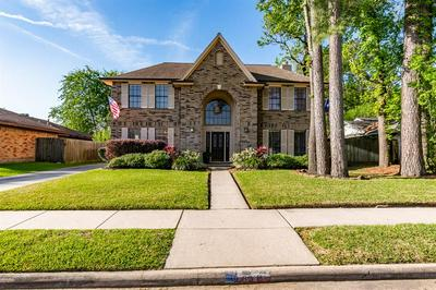 9818 WESTMINSTER DR, HUMBLE, TX 77338 - Photo 2