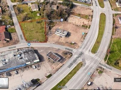 7210 ST LO RD, Houston, TX 77033 - Photo 2