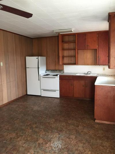 2809 SAM HOUSTON AVE APT 6, Huntsville, TX 77340 - Photo 2
