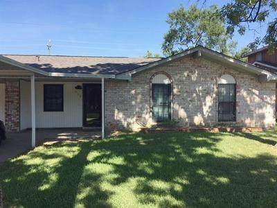 618 OVERBLUFF ST, Channelview, TX 77530 - Photo 1