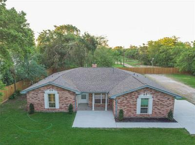 16203 BEAR BAYOU DR, Channelview, TX 77530 - Photo 2