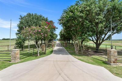 38668 WIGGINS RD, Hempstead, TX 77445 - Photo 2